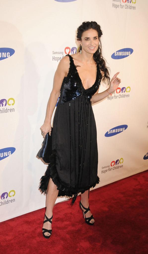 Demi Moore Feet 964406 Meeko Spark Tv