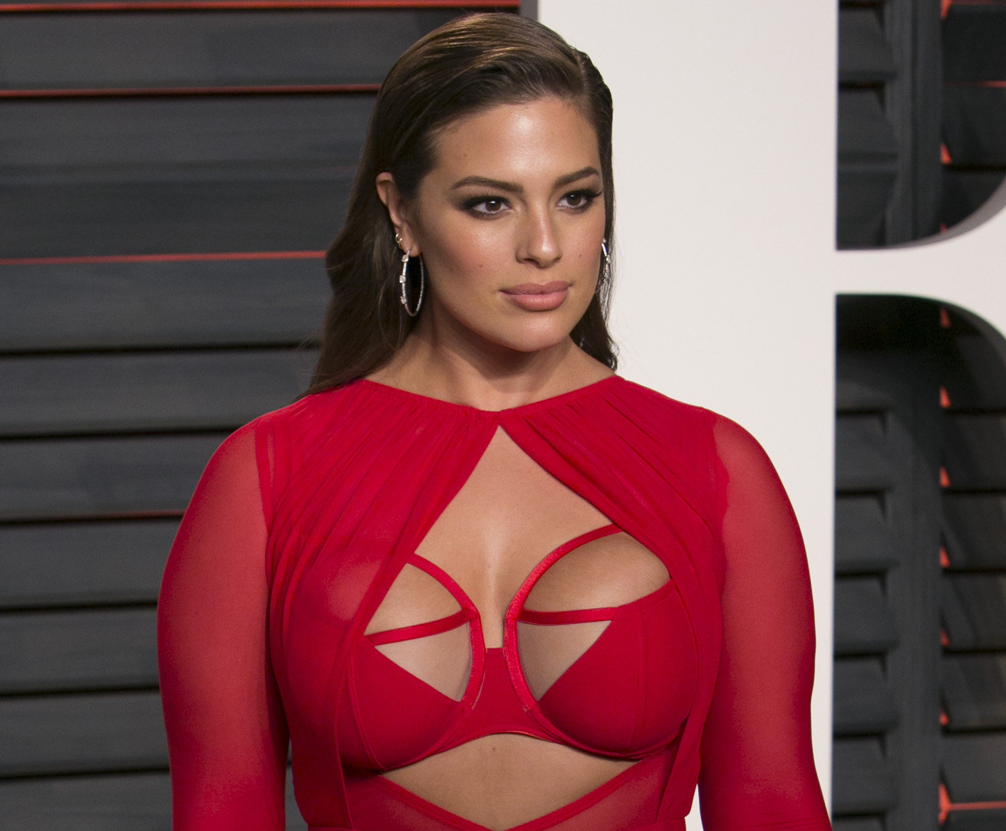 Lane Bryant is a stylish, plus size women's clothing and lingerie store designed for the curvier woman. This fashion-forward store features on-trend dresses, tops, sweaters, jeans, boots and lingerie.